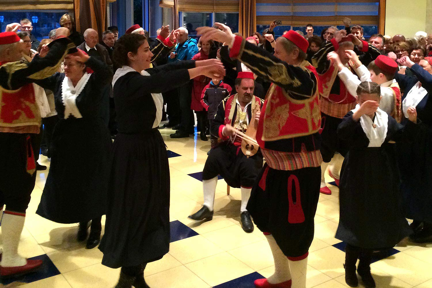 Traditional dancing, Dalmatia
