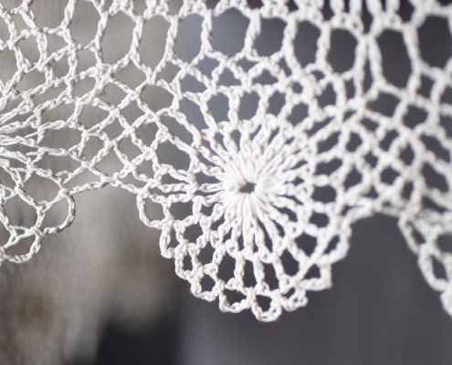 Heklanje tablecloth detail © 2019 Leslie Brienza Photography